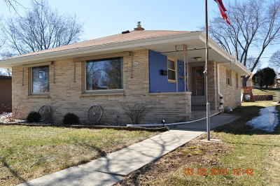 West Allis Single Family Home Active Contingent With Offer: 2645 S 93rd St