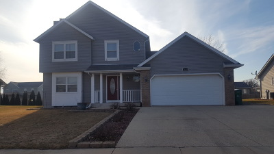 Delavan WI Single Family Home For Sale: $249,900