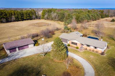 Cedar Grove Single Family Home For Sale: N707 Sauk Trail Rd