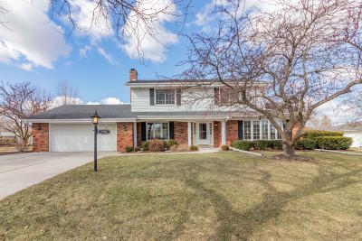 Germantown Single Family Home Active Contingent With Offer: W166n10563 Surrey Dr