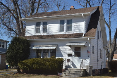 Greenfield Single Family Home Active Contingent With Offer: 3847 S 56th St