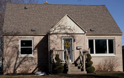 West Allis Single Family Home Active Contingent With Offer: 1130 S 123rd St