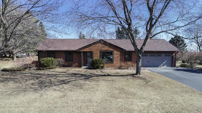 Lisbon Single Family Home Active Contingent With Offer: W225n5724 Wrendale Dr