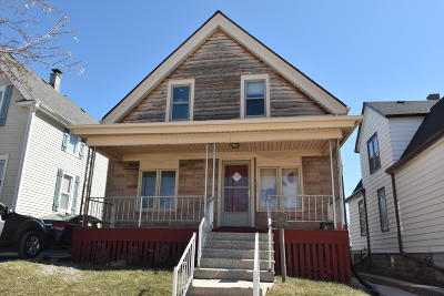 West Allis Single Family Home For Sale: 1546 S 65th St