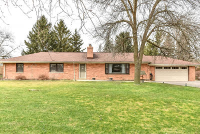 Brookfield Single Family Home Active Contingent With Offer: 4165 N 160th St