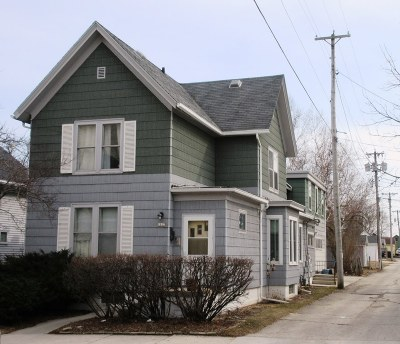 Sheboygan Single Family Home Active Contingent With Offer: 1117 Clara Ave