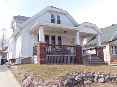 West Allis Single Family Home Active Contingent With Offer: 1447 S 86th St