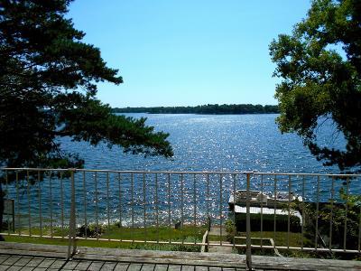 Oconomowoc Single Family Home For Sale: N65w34589 Whittaker Rd