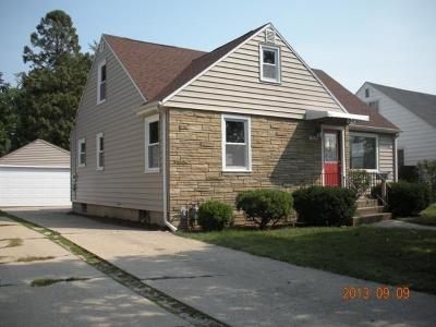 Kenosha Single Family Home For Sale: 5805 39th Ave