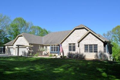 Single Family Home For Sale: S82w24050 Artesian Ave