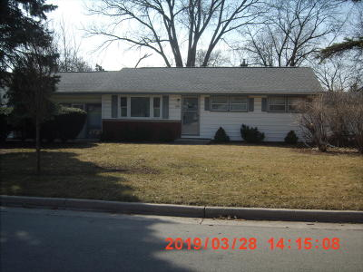 Wauwatosa Single Family Home Active Contingent With Offer: 4129 N 97th St