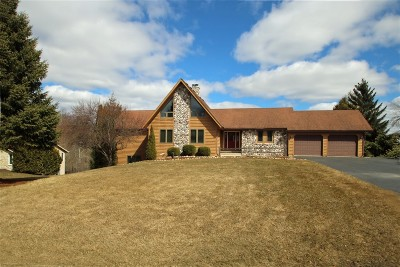 West Bend Single Family Home Active Contingent With Offer: 5102 Valley Trl