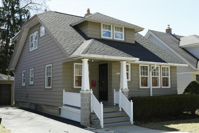 Shorewood Single Family Home Active Contingent With Offer: 2009 E Beverly Rd