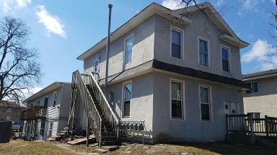 La Crosse Multi Family Home Active Contingent With Offer: 1018 Pine St