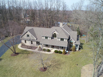 Racine County Single Family Home Active Contingent With Offer: 30802 Camelback Mtn Rd