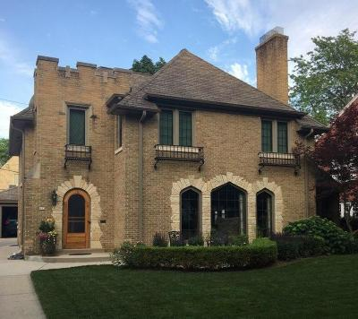 Wauwatosa Single Family Home Active Contingent With Offer: 662 N 78th St