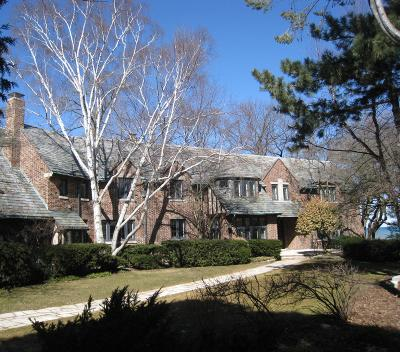 Whitefish Bay Single Family Home For Sale: 4676 N Lake Dr