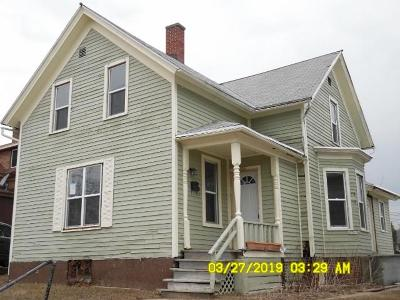 Sheboygan Single Family Home Active Contingent With Offer: 1026 Clara