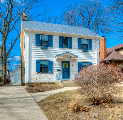 Shorewood Single Family Home Active Contingent With Offer: 4241 N Woodburn St