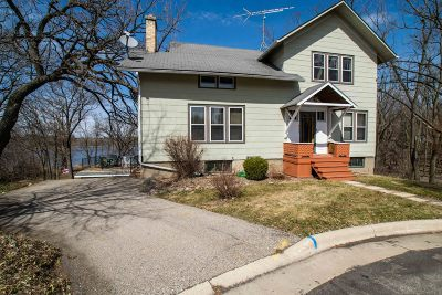 Delavan Single Family Home Active Contingent With Offer: 235 N 4th St