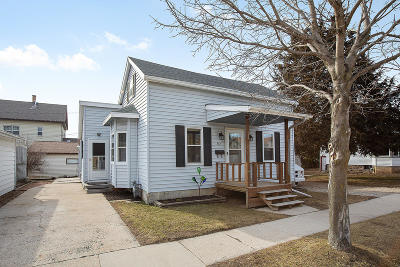 Plymouth Single Family Home Active Contingent With Offer: 312 Smith St
