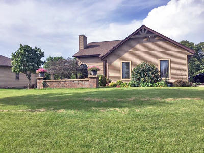 Waterford Single Family Home Active Contingent With Offer: 26640 Richard Dr