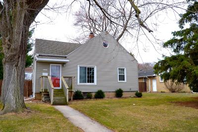 Menomonee Falls Single Family Home Active Contingent With Offer: N85w16217 Appleton Ave