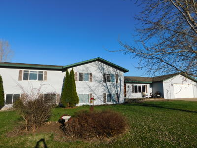 Trempealeau Single Family Home For Sale: W25311 Todd Rd