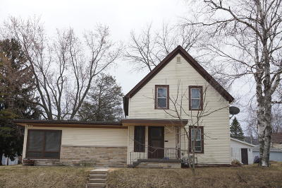 Ozaukee County Two Family Home For Sale: 117 E Walters St #119