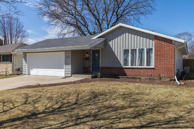 Kenosha Single Family Home For Sale: 5602 53rd Ave