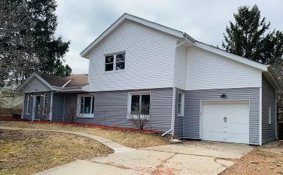 West Allis Single Family Home For Sale: 2977 S Wollmer Rd