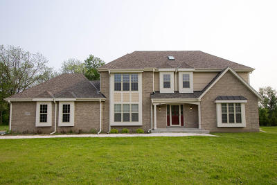 Single Family Home For Sale: 205 Cypress Pt