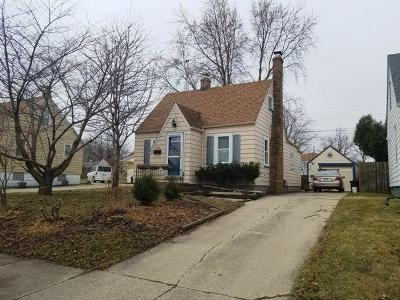 Kenosha Single Family Home Active Contingent With Offer: 5404 42nd Ave