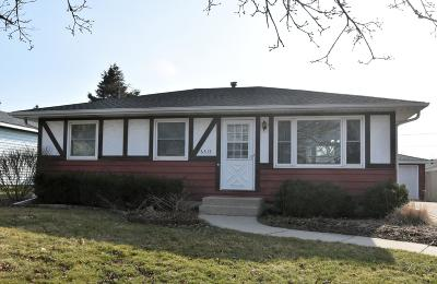 Kenosha Single Family Home Active Contingent With Offer: 6515 54th Ave