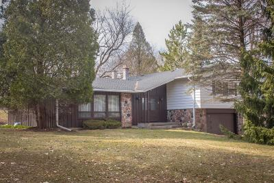 Waukesha Single Family Home Active Contingent With Offer: W290n675 Elmhurst Rd