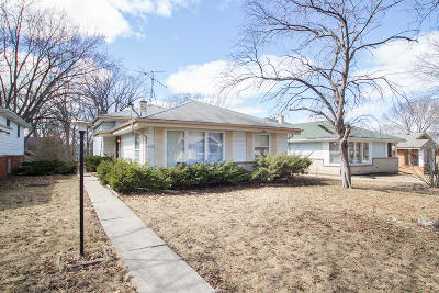 Wauwatosa Single Family Home Active Contingent With Offer: 4151 N 96th St
