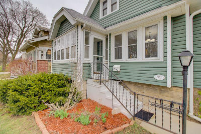 Milwaukee County Single Family Home For Sale: 2472 N 71st St
