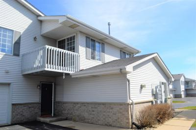 Kenosha Condo/Townhouse Active Contingent With Offer: 3405 85th St. #3E