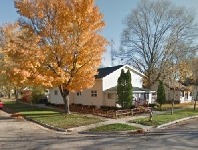 Lake Geneva Single Family Home Active Contingent With Offer: 433 Haskins St