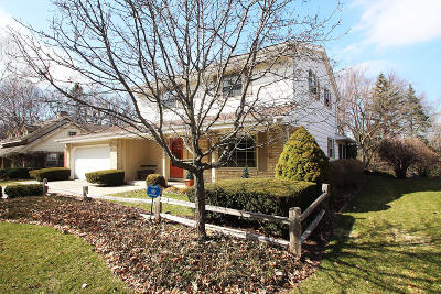 West Bend Single Family Home Active Contingent With Offer: 1322 Hawthorn Dr