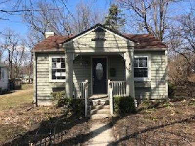 Single Family Home Active Contingent With Offer: 416 Atkinson St