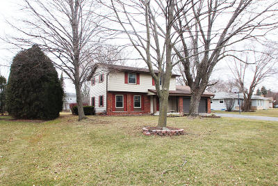 Homes For Sale In Waukesha Wi Under 300000