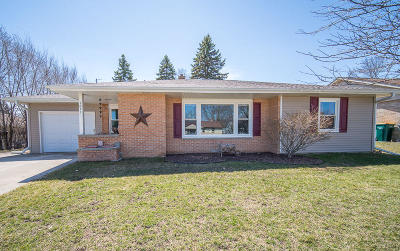 West Bend Single Family Home Active Contingent With Offer: 1011 Roosevelt Dr