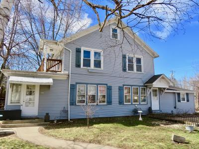 Walworth Multi Family Home For Sale: 405 Kenosha St