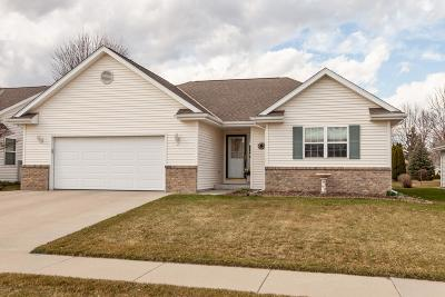 West Bend Single Family Home For Sale: 1624 Elderberry St