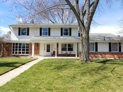Greendale Single Family Home Active Contingent With Offer: 8801 Greenview Ln.