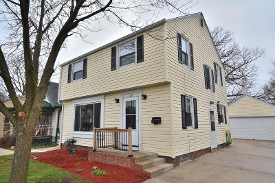 Milwaukee Single Family Home Active Contingent With Offer: 328 E Van Norman Ave