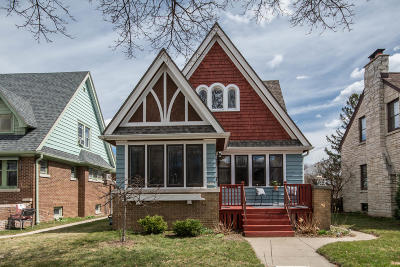 Milwaukee Single Family Home For Sale: 2866 N 55th St