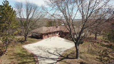 Single Family Home Active Contingent With Offer: 29534 W Frog Alley Rd S78