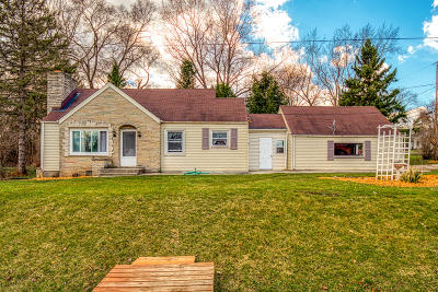 New Berlin Single Family Home For Sale: 5465 S Martin Rd